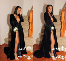 Barato Longo Vestido De Decote Pescoço Alto-2018 Black Velvet Sexy Prom Dresses Long Sleeves Pavimento Comprimento Alto Split Deep V Neck Vestidos Celebridade Evening Party Gowns