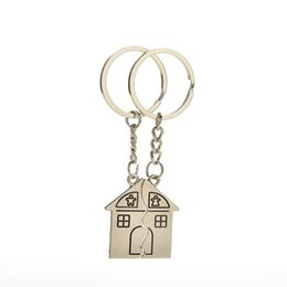 house plates Australia - 10Pair New Couple I Love You Lovers Keychain Warm House Type Key Ring Souvenirs Valentine S Day Gifts Built With Love Home Alloy Keychain