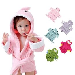 $enCountryForm.capitalKeyWord NZ - Stylish 2014 Cute Designs Hooded Animal modeling Boy Girl Baby Bathrobe Cartoon Baby Towel Character bathing clothing