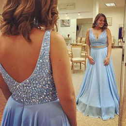 Barato Vestidos Deep Open Neck-Sparkly Light Sky Blue Plus Size Prom Dress A Line Deep V Neck sem mangas de cristais Top Open Back Evening Party Gowns Custom Made