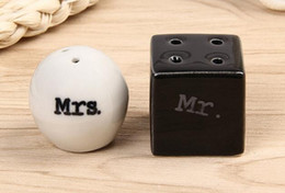 Mr tools online shopping - New Cube Cylinder Ceramic Mr Mrs Salt and Pepper Shakers White Black Shaker Kitchen Tools Party Favors Wedding Favor Gift