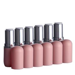 $enCountryForm.capitalKeyWord UK - High Quality Lipstick Tube Elegant Lip Balm Lipsticks Tubes Beauty Black Pink Batom Case for Travel Refillable Bottles 20pcs