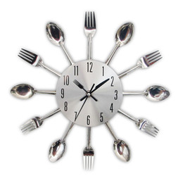 New Fashion Modern Kitchen Wall Clock Sliver Cutlery Clocks Spoon Fork Creative Wall Stickers Mechanism Design Home Decorations
