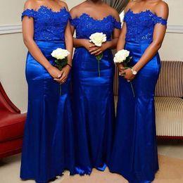 scalloped sleeve off shoulder wedding dress 2019 - Elegant Short Sleeves Scalloped Neck Lace Applique Beaded Satin Royal Blue Bridesmaid Dresses Mermaid Floor Length Weddi