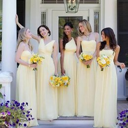 Barato Vestidos De Chiffon Amarelados-Multi Style Light Yellow Vestidos de dama de honra Long Chiffon Andar Comprimento Cheap High Quality Sweetheart V Neck One Shoulder Wedding Party Gowns