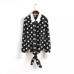 2015 Novas Meninas Casuais Blusas de Manga Comprida Camisas de Lapela Bottom Lacing Dot Impresso Blusa Outono Mulheres Camisas Tops AF0286 venda por atacado