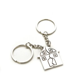 Valentine S Day Gift Keychains NZ - 10Pair New Couple I Love You Lovers Keychain Warm House Type Key Ring Souvenirs Valentine S Day Gifts Built With Love Home Alloy Keychain