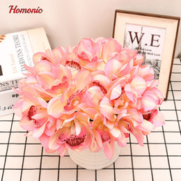 real touch orchids Canada - Real Touch Phalaenopsis Orchid 12 Heads Short Decorative Latex Orchids Table Decoration plant Diy Wedding Bride Hand Flowers P40