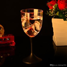 plastic goblets 2019 - LED Light Red Wine Cup Single Layer Round Goblet Water Induction Discolored Standing Cups Glowing In The Dark 5 7jc B R