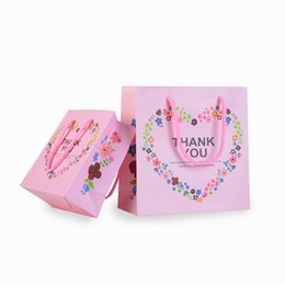 Paper Gift Bags Handles Christmas UK - Retail Store Paper Bags with Handle Handbags Thanksgiving Gift Package Jewellery Clothes Carrying Bag with Cord Handle Lovely Pink Colour