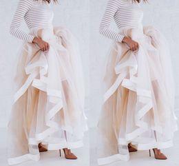 Vente en gros Nouveau Design Tulle Maxi Jupe avec Satin Ruban Bord Champagne À Volants Jupes Élégantes pour Femmes Sexy Femme Longue Jupes D'hiver