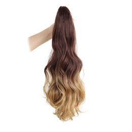 $enCountryForm.capitalKeyWord UK - I's a 18 inches Long Ponytail Clip in Pony tail Hair Extensions Claw on Hair piece Wavy Ombre Synthetic Fiber