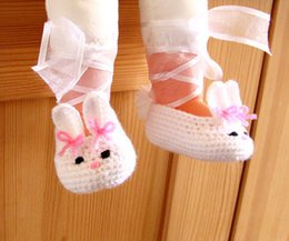 Baby Shoes Red White Canada - 2015 Handmade White Fashion Crochet Bunny baby shoes, White handmade shoes, Baby Girl Ballerina first walker shoes