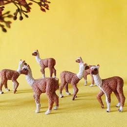 Ingrosso 10 pezzi / alpaca / miniature / bella carina / fairy garden gnome / moss terrarium decor / artigianato / figurine / statue / fai da te
