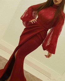 Barato Rendas Vestido Top Tapete Vermelho-Dark Red High Neck Vestidos de noite formal 2018 Lace Top Front Split Long Prom Gowns com Poet Long Sleeves Moda Red Carpet Gowns