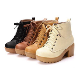 Platform Boots Wedding Shoes Canada - New Women Autumn and Winter High Heeled Martin Boot Lace Platform Shoes T171