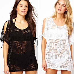 Bikini Lisse Pas Cher-Sexy Femmes Sheer Crochet Dentelle Bikini Coverup Split Batwing Mini Robe Noir Blanc Hollow Out Wrap Robes Smooth Boho Beachwear 848 50p