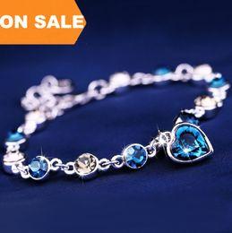 $enCountryForm.capitalKeyWord Canada - Luxury colorful crystal bracelet love heart pendant charm bracelets bangle cuff for lover women fashion jewelry valentine's day gift 160232