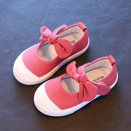Barato Tamanho 12 Sapatos De Lona-Tamanho 21-30 Hot Pink Crianças Meninas Sapatos Cute Bowknot Princesa Criança Sapatos 2017 Candy Color Kids Wholesale Shoes de lona