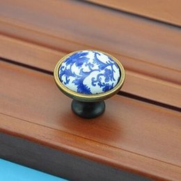 10pcs free shipping vintage fashion white and blue porcelain furniture knobs blue ceramic drawer shoe cabinet knobs bronze pulls