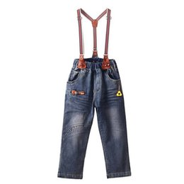 Wholesale denim overalls loose resale online – Retail Baby Boys Overalls With Fashion Pocket Autumn Boys Clothes Suspender Trousers Children Clothes SP81017