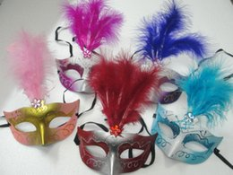 Mask Feathers Canada - 25pcs lot New! Venetian Mask Princess Party Mask Pointed Feather Rhinestone Mask with Plating powder 5 Colours