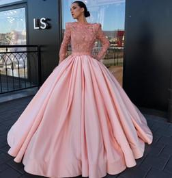 $enCountryForm.capitalKeyWord NZ - Stylish Beaded Ball Gown Prom Dresses With Long Sleeves 3D Appliqued Evening Gowns Bateau Neck Vestidos De Fiesta Satin Formal Dress