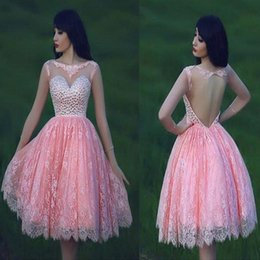 Robe De Mariée En Dentelle Pas Cher-2016 Sexy Backless Short Homecoming Robes Ball Gown Sheard Bateau Neckline Lace Beaded Crystals Cocktail Prom Party Robes Custom BO8715