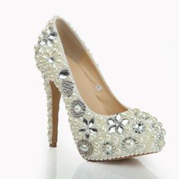 Barato Sapatos Imitação Rhinestone-Imitação de pérola Rhinestone Crystal Platform Round Toe Sapatos de casamento Heel 14cm Women's Prom Party Evening Dress Wedding Bridal Shoes