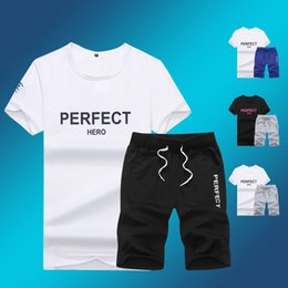 Chemises À Genou Longueur Pas Cher-Gros-Men jogging Shorts genou Drawstring Sport Casual pour les hommes Outdoor Athletic Beach Tennis Shorts T-shirt Set