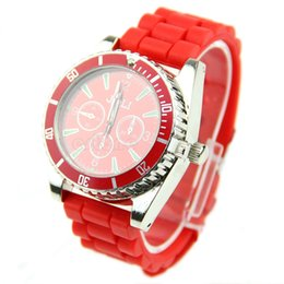 Grinder Watches Canada - Free Shipping Watch Shape Grinder Rotating Wheel Grinding Tobacco Cigarette Crusher order<$18no track