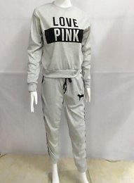 Barato Hoodie Cinza Rosa Do Pulôver-Winter Fleece Suite Mulheres Outono Quente Cinzento Pink Clothes Sets LOVE Printed Long Sleeved Hoodies Long Pants 2pcs Suits