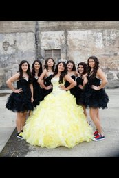 Habille-toi Pour Doux 16 Jaune Pas Cher-Custom Made Ruffles Jaune Quinceanera Robes Avec Crystal Bead Sequins Sur Top Bodice Sexy Prom Ball Robes Sweet 16 Pageant Party Dress
