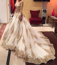 Castle Bling Wedding Dress Canada - Muslim Wedding Dresses White and Gold Long Sleeves A-line Bridal Gowns OrganzaSweep Train Sequin Bling Wedding Gowns Zipper Back Custom made
