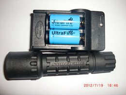 flashlight ultrafire battery Australia - Cree R2 300Lm Uwe SURE UltraFIRE G2 6P P60 Black BK body tactical hunter flashlight 16340 RCR123A battery charger Set