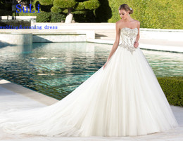 Hot Sexy White Dresses Canada - 2018 NEW HOT Cheap Wedding Dress A-Line Floor Length White Ivory Tulle Beads Chapel Train Sweeth Fashion Sexy dress High Quality dress