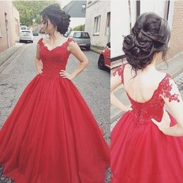 Barato Vestidos De Corset Vermelho Barato Formal-Vintage Red Ball Gown Sweet 16 Vestidos V Neck Lace Applique Corset Backless Tulle Skirt Prom Evening Formal Wear Cheap Quinceanera Gown