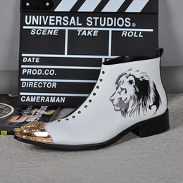 $enCountryForm.capitalKeyWord NZ - Winter Character Man Boots Metal Toe Rivets Mixed Color Skull Animal Prints Men Shoes Fashion Boots White Pionted Toes Black Party Shoes