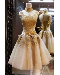 Short Tull Pas Cher-Real Illusion High Neck Gold Dentelle Robes Homecoming courtes Bow Mini Cockail Tull Short A-ligne Backless Short Party Gown Robes de bal 2016