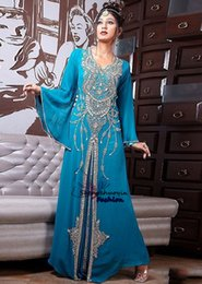 Barato Tops Islâmicos-Top Selling New Arrival Very Fancy Abaya Blue Kaftan Dubai Islamic Formal Crystal Beaded Chiffon Prom Evening Dresses 2016 Evening Gowns Hot