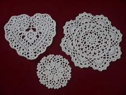 white round tables NZ - wholesale handmade Crocheted Doilies White lace cup mat vase Pad, Heart Round coaster Home & Garden 10-20 cm table mat 30PCS LOT tmh396