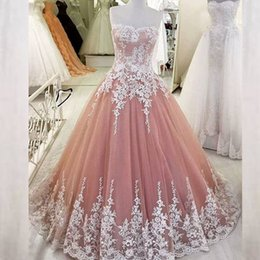 Barato Vestidos De Noiva Sem Costura-Vintage árabe Prom Dress A Line Strapless Romântico Appliques de renda Tulle Prom Dresses Evening Party Vestidos Sweep Train Custom Made