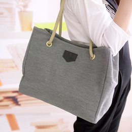 Tote Bags Compartments Canada - hot 2018 new casual canvas tote hotsale ladies shopping purse women shoulder messenger bags fresh large capacity handbags