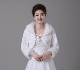 White Faux Fur Shorts Canada - Short White Winter Bridal Jacket Warm Soft Faux Fur Shrug Shawl Bride Prom Party Bridal Women Bolero