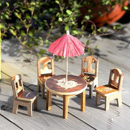 1 Set Miniature Fairy Wooden Desk+Chair+Umbrella Dollhouse Ornament Garden  Home Decor
