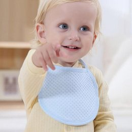 Attacher Une Fille Pas Cher-New Born Baby Bib Coton Serviette Rose / Bleu / Jaune BoysGirls Solid Tie-up Bib doux bébé burp vêtements.