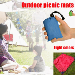 $enCountryForm.capitalKeyWord NZ - 8pcs lot 210T Nylon New Outdoor Camping Nylon Pocket Picnic Mat Waterproof Folding Pendant Beach Mat 140cm * 152cm