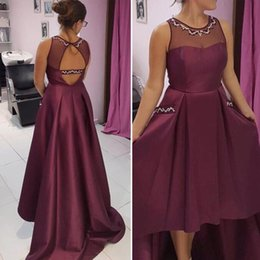 Barato Vestido De Formatura-Nova chegada Olá Baixo vestido de baile Beaded Sheer Jewel Neck mangas Open Back Prom Dresses Custom Made Evening Party Vestidos com bolsos