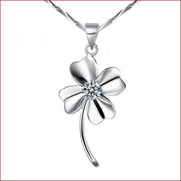Chinese  Clover Necklace Korean jewelry wholesale Europe and Korea retro silver natural crystal fashion jewelry Valentine's Day to send his girlfrien manufacturers