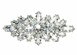 $enCountryForm.capitalKeyWord UK - Wholesale Rhodium Silver Tone Vintage Style Marquise Crystal Diamante Party Brooches and Pins For Wedding Bouquet